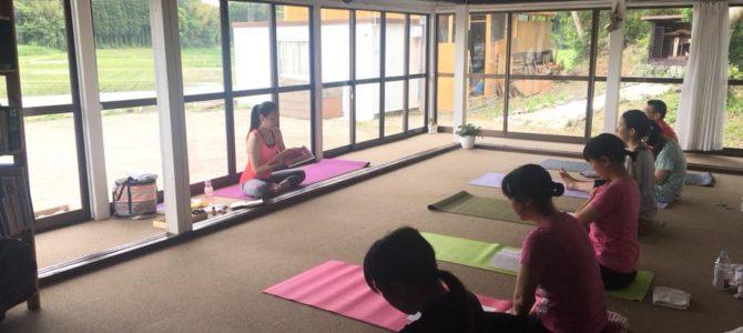 【6/18】ヨガイベントReborn Yoga prt3星空スペースで開催
